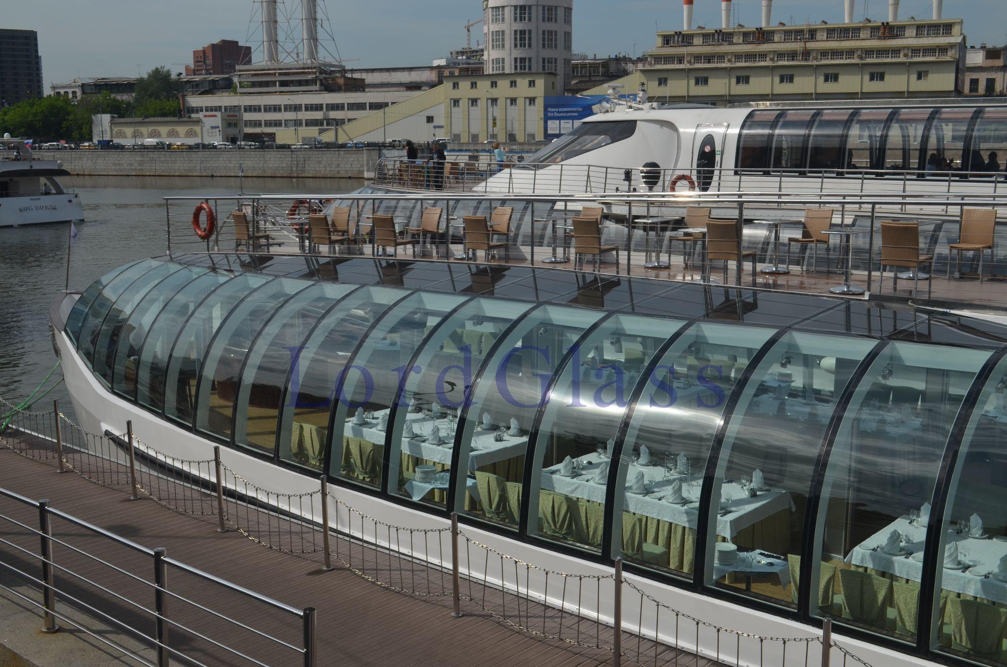 Гнутый триплекс, гнутое стекло на кораблях